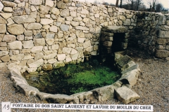 Fontaine du bon Saint Laurent et lavoir du Moulin du Cher